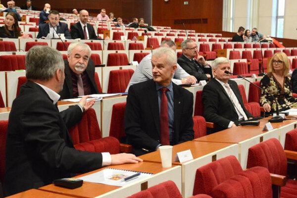 Opozícia v košickom krajskom zastupiteľstve.