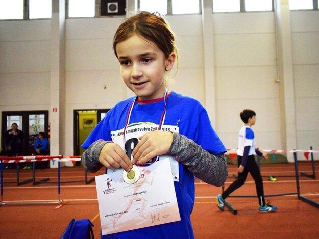 Henrieta Horváthová získala v skoku do diaľky zlato pre mladý klub AK Zlaté Moravce.