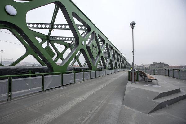 Bratislavský Starý most je formálne hotový.