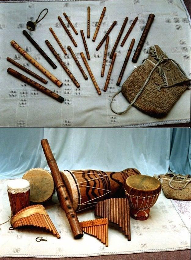 Výroba drevenej píšťalky trvá aj tri roky.