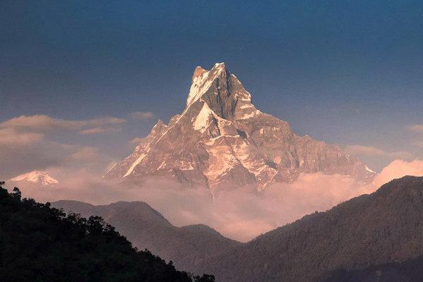 Nepál. Machapuchare