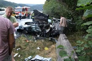 PODBIEL, september 2011.  Pri tragickej nehode troch vozidiel medzi Krivou a Podbielom vyhasol život 40-ročného Tvrdošínčana Ľubomíra.