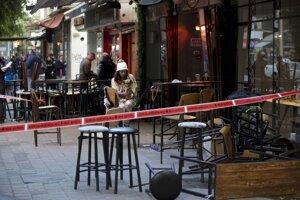 Telavivský bar, v ktorom strieľal útočník, polícia uzavrela.