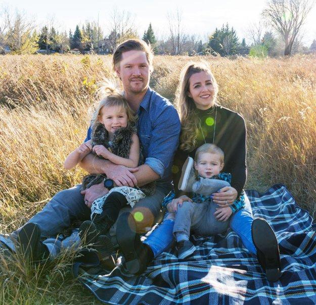 Lawsonovci - Nathan, manželka Alicia, dcéra Presleigh a syn Huxley.