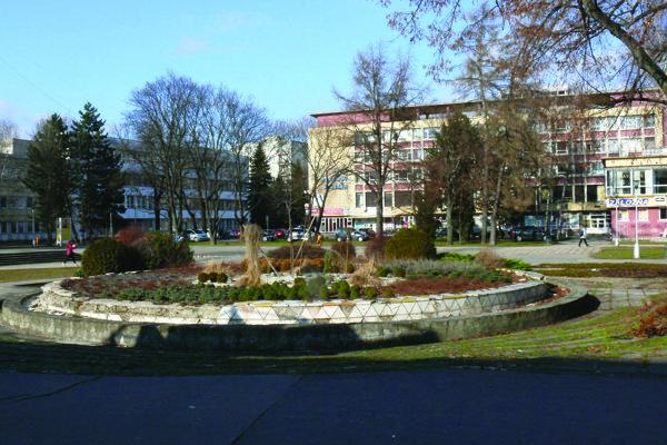 Do investičného zámeru mesta by sa vraj malo dostať aj Vajanského námestie.