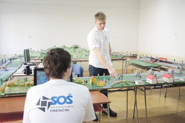 Na Robotickom dni súťažilo v Trenčíne 150 tímov zo Slovenska i zahraničia.