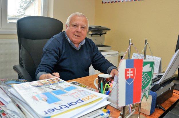 Štefan Paholík, starosta Novej Vsi.