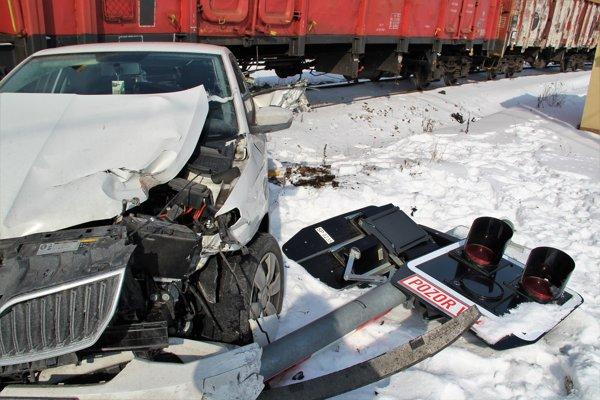 Nehoda na železničnom priecestí v Tvrdošíne.