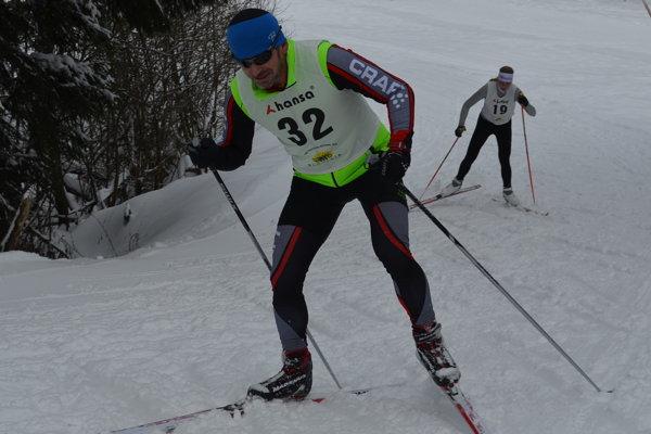 Marian Ponek na dlhom zimnom triatlone.