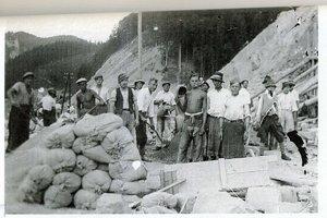 Čremošniansky tunel začali stavať v roku 1936.