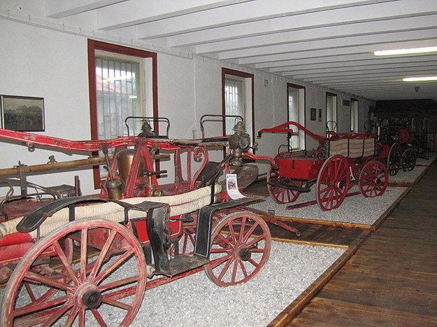 Interiér Hasičského múzea v Priekope.
