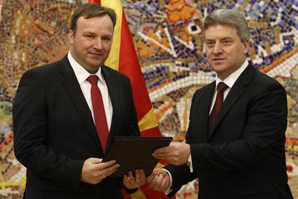 Prezident Gjorge Ivanov (vpravo).