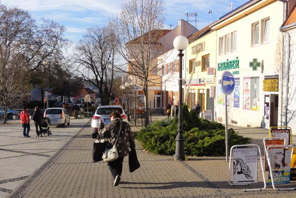 Zlaté Moravce prežili turbulentný rok. Po prvý raz v histórii prišli o úradujúceho primátora.