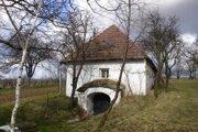 Najstaršia zachovalá vinohradnícka búda v obci.