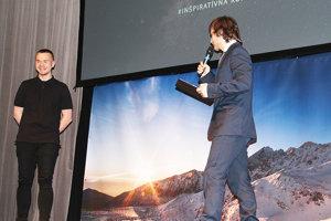 Módny návrhár Pavol Dendis (vľavo) sMichalom Kuzárom na konferencii K.R.O.K.