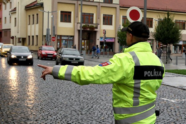 Policajti by po vybudovaní systému za 140 miliónov eur už nemali zastavovať každého vodiča zvlášť.