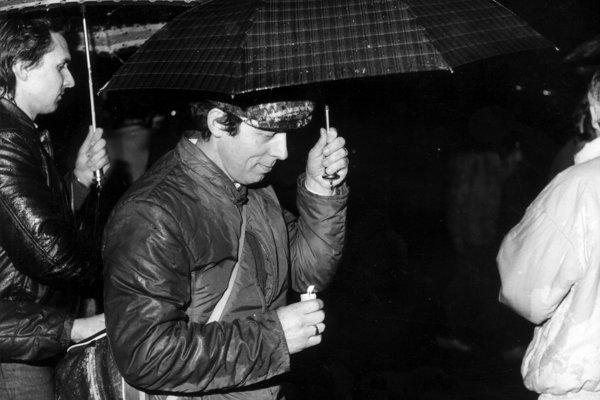 Z publikácie Čas svitania, Sviečková manifestácia – 25. marec 1988.