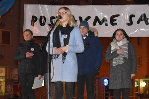 Na záver zaznela slovenská hymna, ktorú zaspievala Paťka Zúbeková.