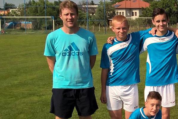 Mládežnícky tréner Jozef Oroszi zvažuje, či bude v klube pôsobiť ako funkcionár.