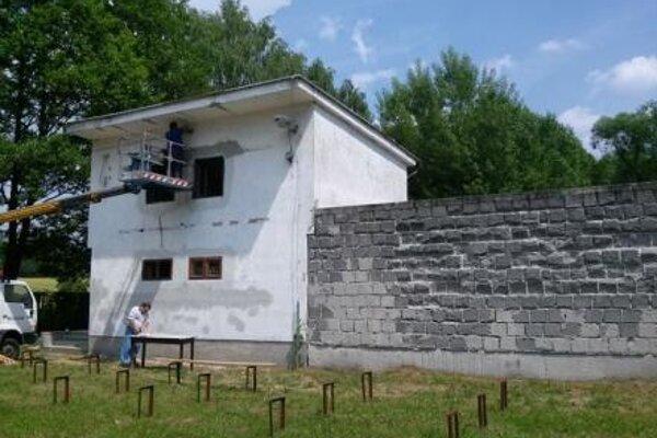 Amfiteáter prešiel viacerými stavebnými úpravami.
