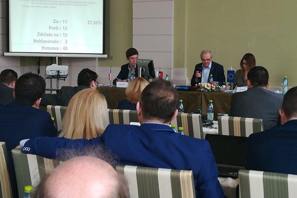 Výjazdové zasadnutie poslancov BBSK v Lučenci.