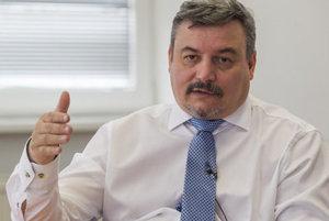 Pojem autonómia dráždi mnohých slovenských politikov, preto ho SMK zo svojho programu vynechala, tvrdí šéf strany József Berényi.