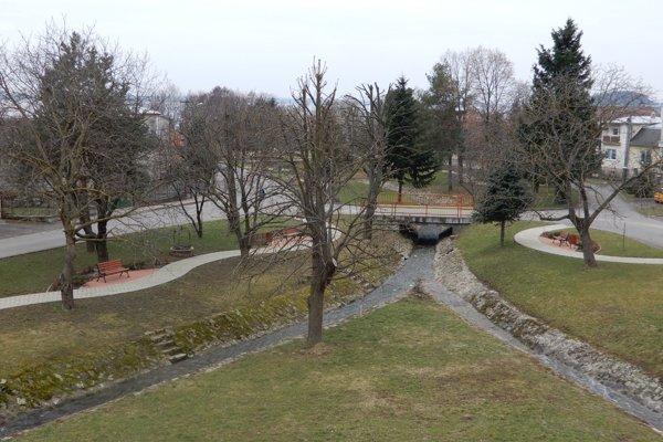 Na snímke centrum obce Klokočov v Michalovskom okrese.