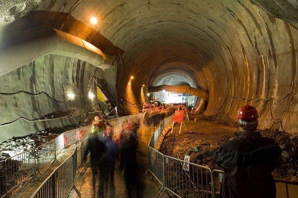 Český tunel Blanka stále neotvorili.