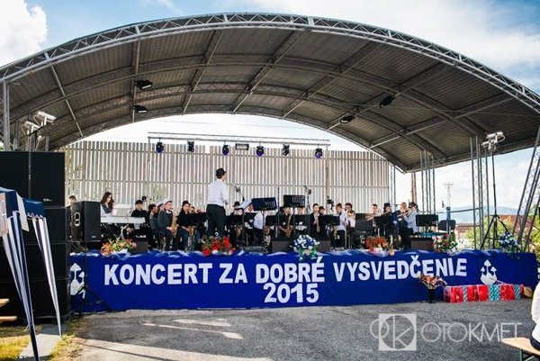 V Kamenci pod Vtáčnikom je koncert za dobré vysvedčenie tradíciou.