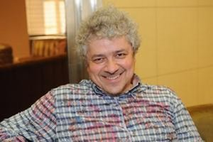 Peter Macsovszky.