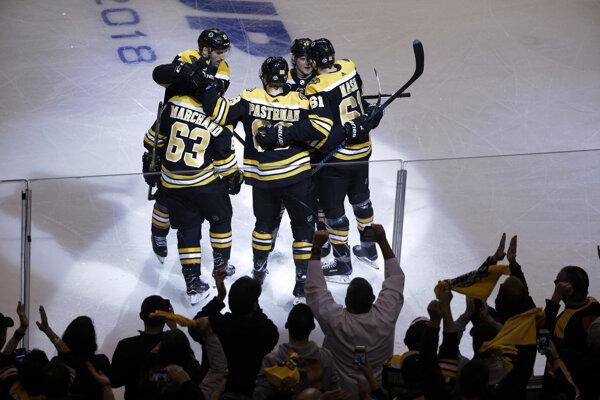 Hráči Bostonu zdolali v úvodnom zápase play off Toronto 5:1.