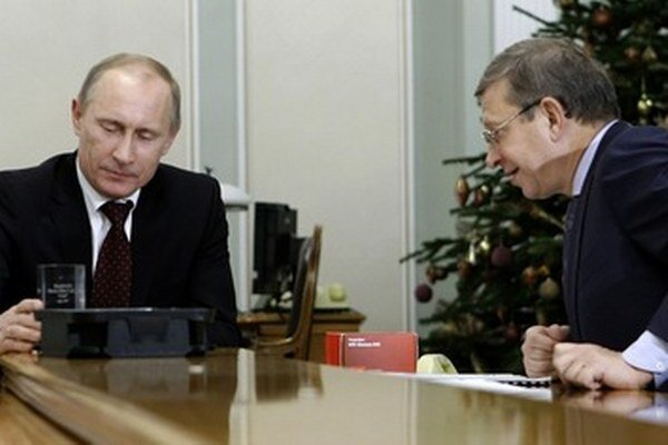 Putin a Jevtušenkov.