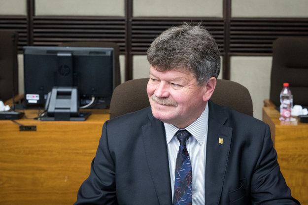 Predseda Odborového zväzu pracovníkov školstva a vedy na Slovensku Pavel Ondek počas rokovania Hospodárskej a sociálnej rady SR.