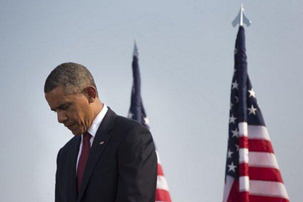 Barack Obama má pred sebou ešte tri roky, počas ktorých možno získa späť aj upadajúcu autoritu, ale musí na to ísť inak.