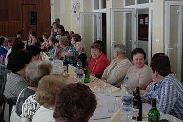 Záujem o podujatie bol veľký. Na stretnutie prišlo viac ako sto členiek.