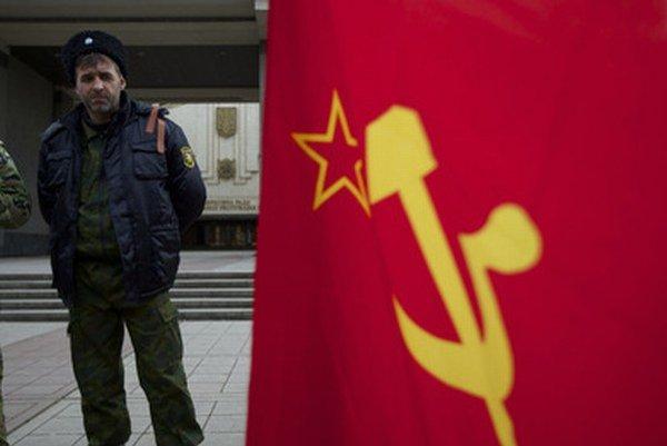 Hovoria, vykašlime sa na minulosť, lebo Rusko nie je totožné so Sovietskym zväzom.