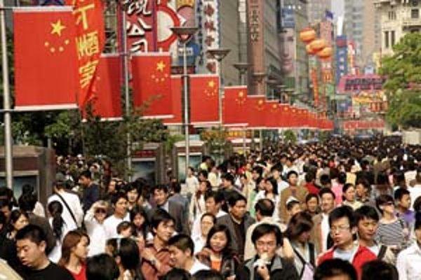 Čína je na vzostupe a stáva sa pre USA konkurenciou.