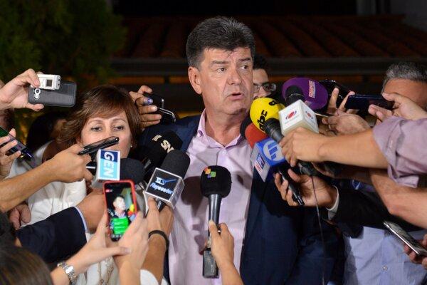 Kandidát opozičnej aliancie stredoľavých strán Pedro Efraín Alegre.