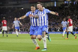 Pascal Gross (vpravo) sa raduje zo svojho gólu.