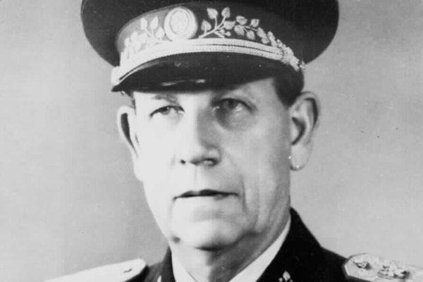 Komunistický prezident Antonín Zápotocký v rozhlase tvrdil, že koruna je pevná a menová reforma neprichádza absolútne do úvahy.