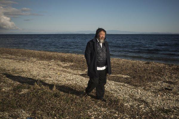 Aj Wej-wej chystá na ostrove Lesbos pamätník utopeným utečencom.