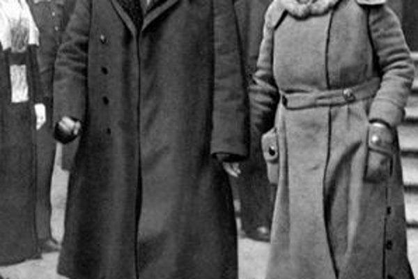 Masaryk svoje stredné meno prijal od svojej manželky Charlotty Garrigue.