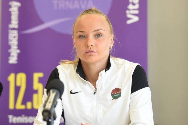 Rebecca Šramková na štvrtkovej tlačovej konferencii.