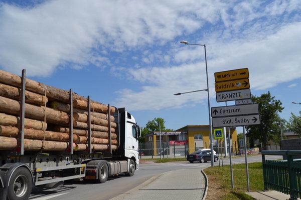 Presmerovaný tranzit v smere od Košíc cez sídlisko Šváby.