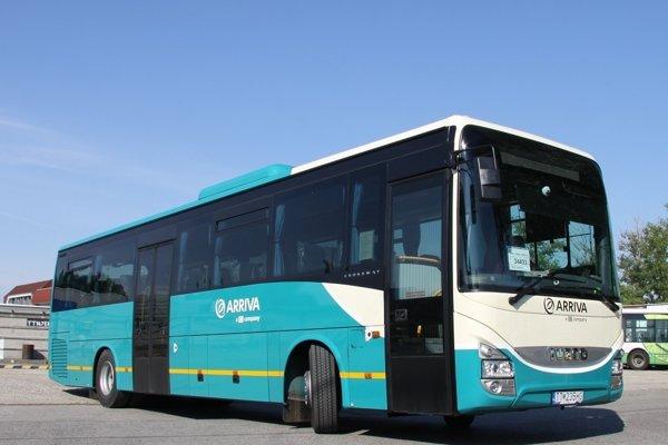 Senica, Trnava a Piešťany dostali nové autobusy.