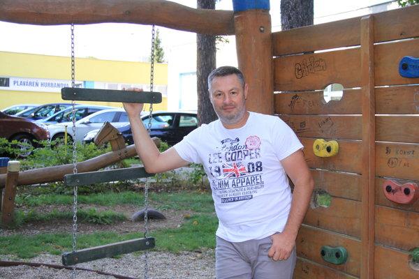 Tibor Adamko.