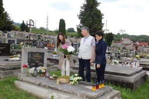 Irena Sobotová odpočíva na breznianskom cintoríne.