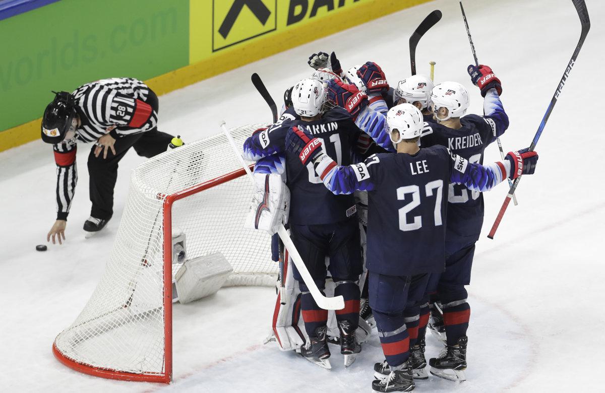 47d71af6532af USA : Kanada - MS v hokeji 2018 - Online - O bronz - Šport SME