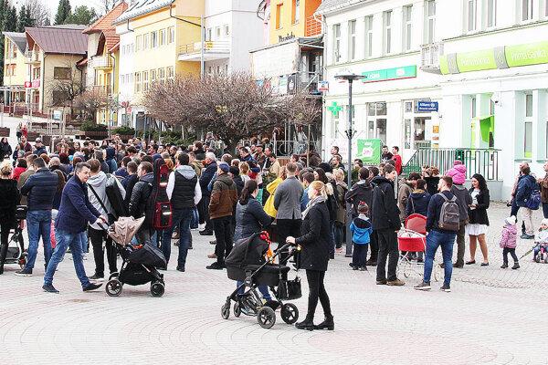 V metropole Bielej Oravy pribúdajú novorodenci.