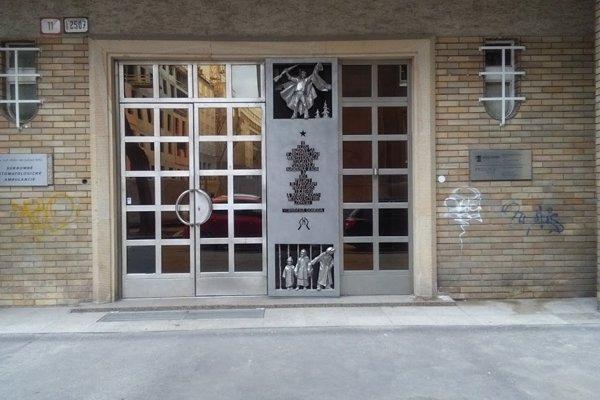 Dnešná podoba vchodu na Gajovej ulici.
